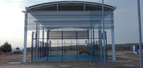 Cubierta Padel Autoportante en Fuentes de Ebro